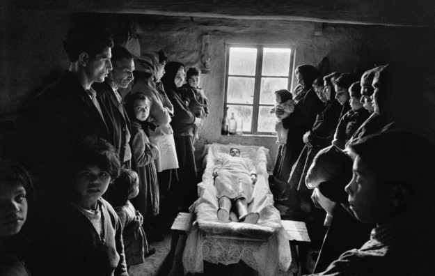 'Gitanos', el libro explicado por el propio Josef Koudelka